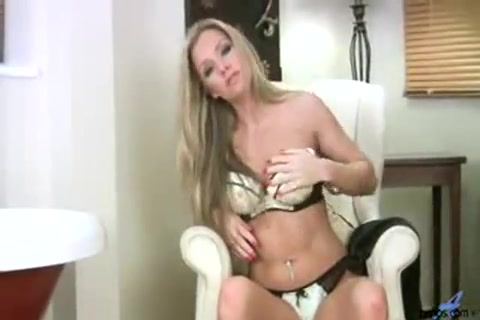 Attractive Palace Wifey Louise Dakotah getting off